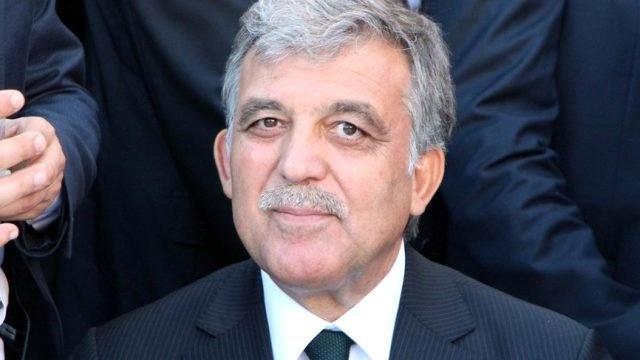 Abdullah Gül'ü Polisin Elinden Zor Aldılar... İşte tüm detaylar.  Resmin üzerine tklayarak devam ediniz.