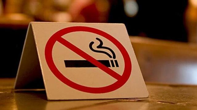 Tüm Ülkede Yasaklanmıştı: Sokakta Sigara İçmenin Cezası Bakın Ne Kadar! Ayrıntılar Haberin Detayındadır.
