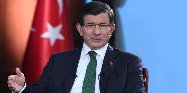 """""""SAYIN CUMHURBAŞKANI BENİ ARADI"""" CNNTürk'te yayınlanan Gece Görüşü programında Ali Babacan'ın Abdullah Gül açıklamaları değerlendirildi."""