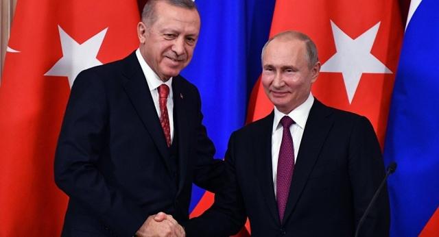 Rusya tarihte ilk kez Türkiye'ye şeker ihracatına başladı. Türkiye'ye kasım ayında 1400 ton, Yunanistan'a 591 ton şeker sevkiyatı yapıldı.
