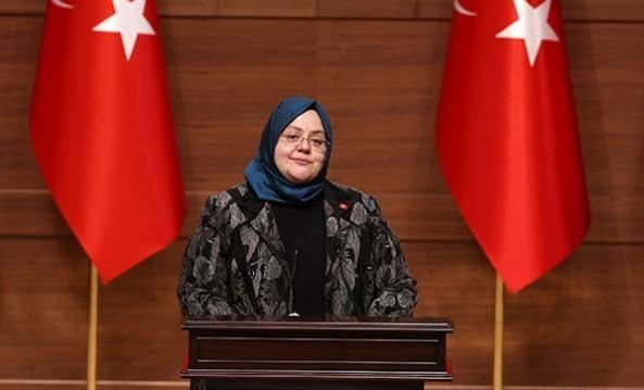 """Ramazan öncesi hükümet h'arekete geçti. Binlerce kişi bekliyordu bakan bugün duyurdu. Aile, Çalışma ve Sosyal Hizmetler Bakanı Zehra Zümrüt Selçuk, """"Ramazan ayı öncesinde ihtiyaç sahibi vatandaşlarımız için SYDV'lere 183,2 milyon kaynak aktardık"""" dedi."""