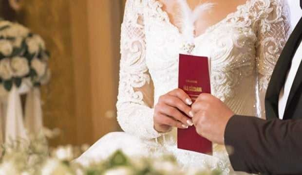 Çoğumuzun dikkat etmediği hatalar, evlilik hayatımızı karartıyor. İşte o yaptığımız 7 büyük hata ve en çok merak ettiğiniz soruların cevabı…