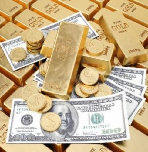 Altın ve dolar kurunda bu hafta yaşanan ani yükselmelerden sonra yatırım yapan vatandaşların kafası iyice karışmış durumda. Altın ve para piyasaları uzmanı İslam Memiş, altın ve dolar konusunda şo-k açıklama yaptı ve yatırımcıları sert uyardı. İşte ayrıntılar Lütfen bir sonraki sayafa geçiniz,,
