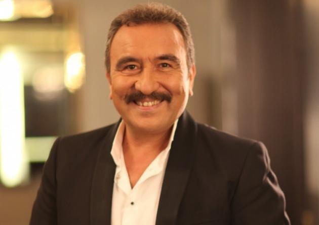 Milyonların sevdiği usta sanatçı Ümit Besenden kötü haber maalesef az önce geldi. Türkiye bu haberle sarsıldı..