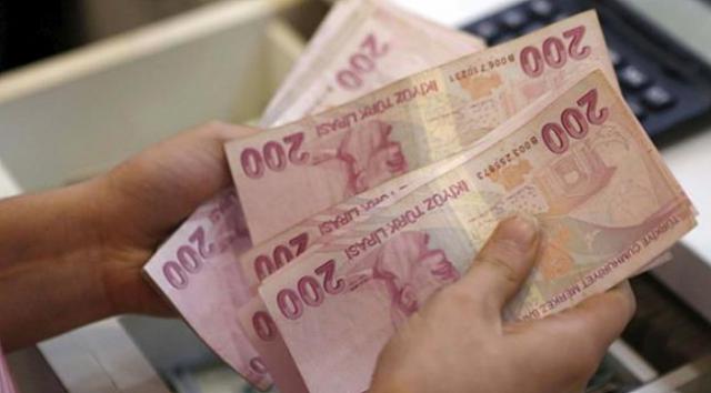 Aile, Çalışma ve Sosyal Hizmetler Bakanı Zehra Zümrüt Selçuk, SGK prim borçlarının yeniden yapılandırılmasında bugüne kadar 1 milyon 428 bin kişinin başvuru yaptığını, 79 milyar 24 milyon liralık borç için yapılandırma yapıldığını bildirdi.Bakan Selçuk, yaptığı yazılı açıklamada, SGK prim borçlarını yeniden yapılandırarak,
