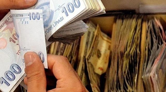Türkiye'de devlet çeşitli destek ödemeleri ile vatandaşlara yardımcı oluyor. Bu kapsamda Ziraat Bankası'nda hesap açanlara devletten 12 bin TL'ye varan karşılıksız ödeme yapılıyor. Peki, ödemeden faydalanma şartları nelerdir Evlilik düşüncesi olanlara Kamu Bankaları aracılığı ile destek ödemesi yapılıyor. Devlet bankalarda,