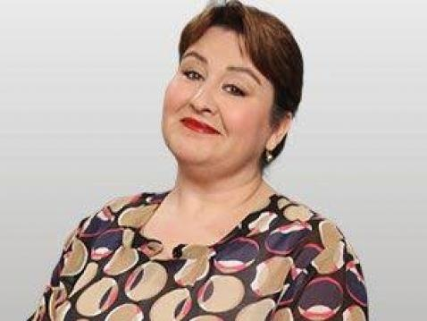Efsane Seksenler dizisinin Rukiye'si Özlem Türkad zayıfladı herkesi şok etti TRT ekranlarının efsane dizilerinden Seksenler eski bölümleriyle ekrana gelmeye devam ediyor.