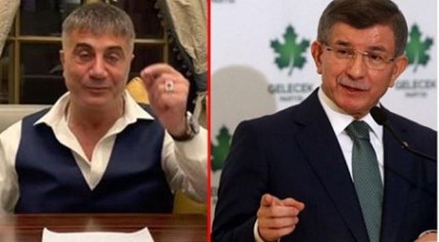 Suriye'deki Bayırbucak Türkmenlerine, TIR'larla gönderdiği askeri teçhizat ve silahlarla ilgili konuşan Sedat Peker, 'Silahların, terör örgütü El Kaide'nin Suriye kolu El Nusra'ya gittiğini'' söyledi. Peker'in bu iddialrının ardından CHP eski Milletvekili Fikri Sağlar'dan, Ahmet Davutoğlu çıkışı geldi.