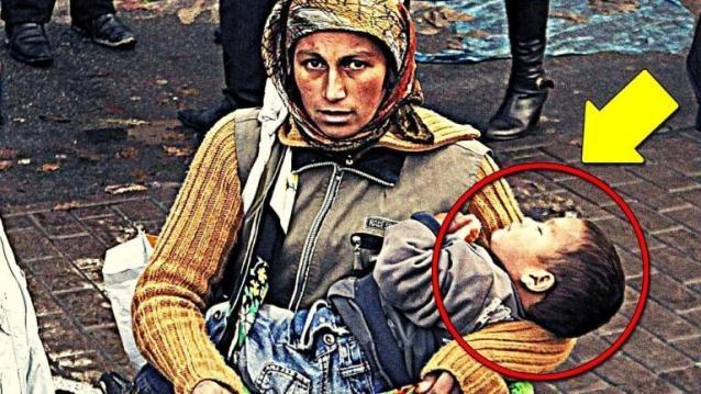 Her gün sokak ve caddelerde gezerken gördüğümüz dilencilerin kucağındaki küçük bebekler sürekli uyku modundalar. Neden sürekli uyuduklarını hiç düşündünüz mü? Okuduktan sonra lütfen paylaşalım.