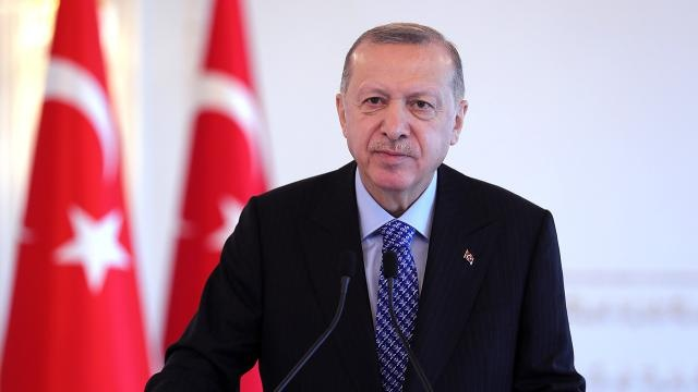Erdoğan'dan Sosyal Medya Hamlesi Tarih Verdi Çok Sayıda Yasak Kapıda… Ayrıntılar Haberin Devamındadır…