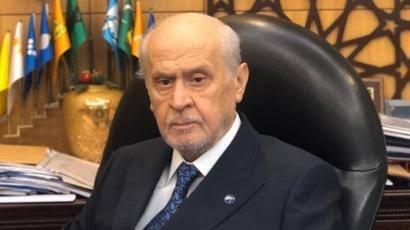 Geçen yıl Eylül ayında hastaneye kaldırılan MHP Genel Başkanı Devlet Bahçeli'nin rahatsızlığı siyasi hayatını etkilemeye devam ediyor...
