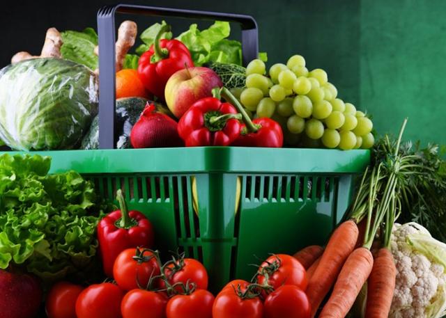 Üroloji Uzmanı Prof. Dr. Bülent Erol, geçtiğimiz günlerde yaptığı açıklamayla birlikte, sağlıksız beslenmenin ve fazla kiloların birçok rahatsızlığı beraberinde getirmesinin yanı sıra yaygın bir şekilde kısırlığa da neden olduğunu belirtti.