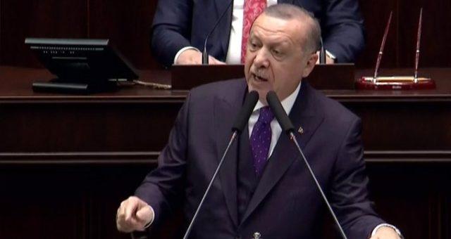 """Cumhurbaşkanı Erdoğan FETÖ'nün siyasi ayağına ilişkin yaptığı açıklamada, """"FETÖ elebaşı ile ben de görüştüm, Demirel de görüştü, Ecevit de görüştü. Görüşmeyen tek isim vardı diyerek o ismi açıkladı.Ayrıntılar haberimizin detayındadır."""