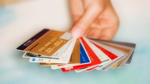Bankalara borcu olanları sevince boğan son dakika haberi geldi.Bankadan kredi çekip ödeyemeyenler için yeni bir fırsat doğdu.Banka borcu olan vatandaşların yüzünü güldüren o haber.
