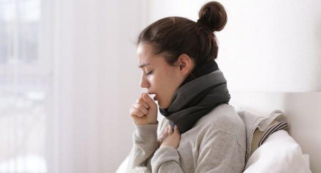 Öksürük ve bronşiti tarihe karıştıran ve sadece 3 malzemeyle hazırlanan müthiş tarifi öğrenince hastalığı çok daha kolay atlatacaksınız