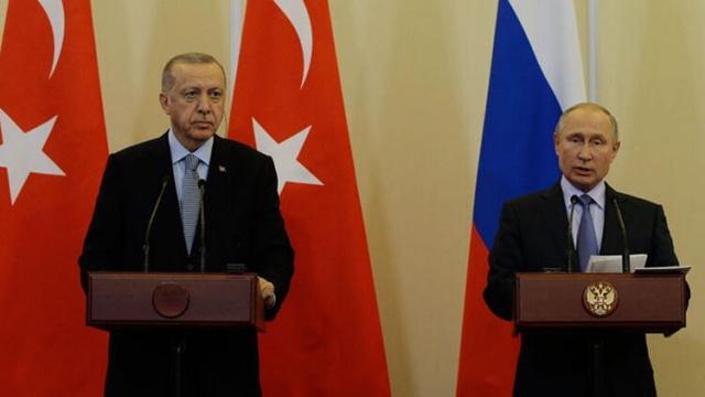 İdlib'de 33 askerimizin şehit edilmesinin ardından Rusya ile Türkiye arasında en üst düzey temas sağlandı. Cumhurbaşkanı Recep Tayyip Erdoğan, Rusya Devlet Başkanı Vladimir Putin'le telefon görüşmesi gerçekleştirdi