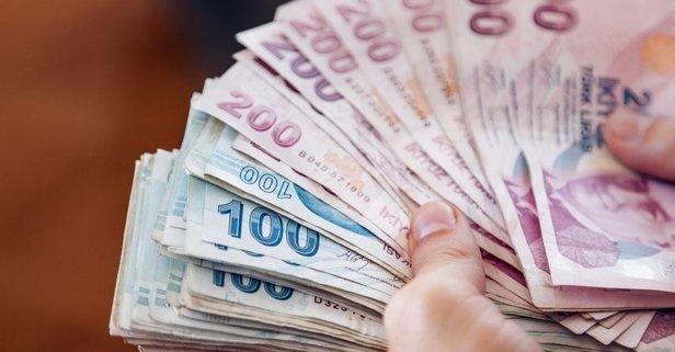 Türkiye'de yaklaşık 12 milyon emekli var. Bunların bir kısmı çalışmaya devam ediyor. Yasalarımızda emekli olduktan sonra çalışmanın önünde bir engel bulunmuyor. İzin, tazminat, işe geri dönüş gibi özlük haklarında da emekli çalışanlar açısından bir ayrım bulunmuyor. Sadece yatırılan primler ikinci bir emeklilik sağlamıyor.