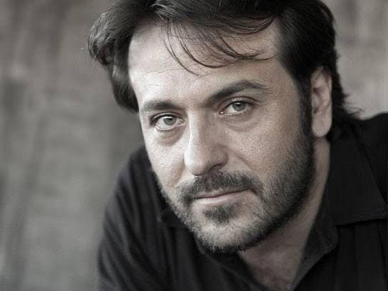 Sanatçı Luran Ahmeti'nin koronavirüs nedeniyle ölüm haberi, sanatçının sevenlerini üzdü.
