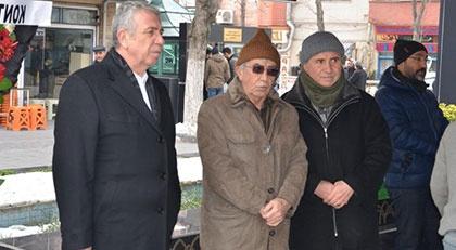 Ankara Belediye Başkanı Mansur Yavaş'tan yakınlarını ve sevenlerini üzen haber…