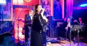 Ünlü şarkıcı sesini kaybetti! Onur Akay duyurdu