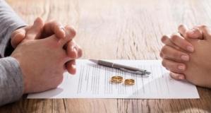 Boşanmak İsteyen Eşinden İbretlik Ders