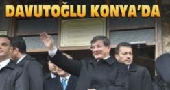 Davutoğlu Konya'da yeni partinin işaretini verdi